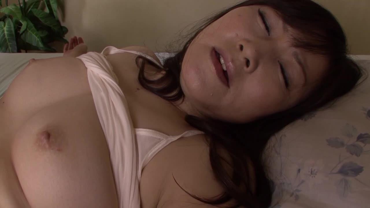 【押尾伸子】素人の年増の人妻が旦那以外の男に抱かれるAVデビュー作品